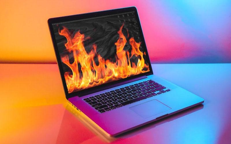 Máy tính bị nóng tự reset khi sử dụng
